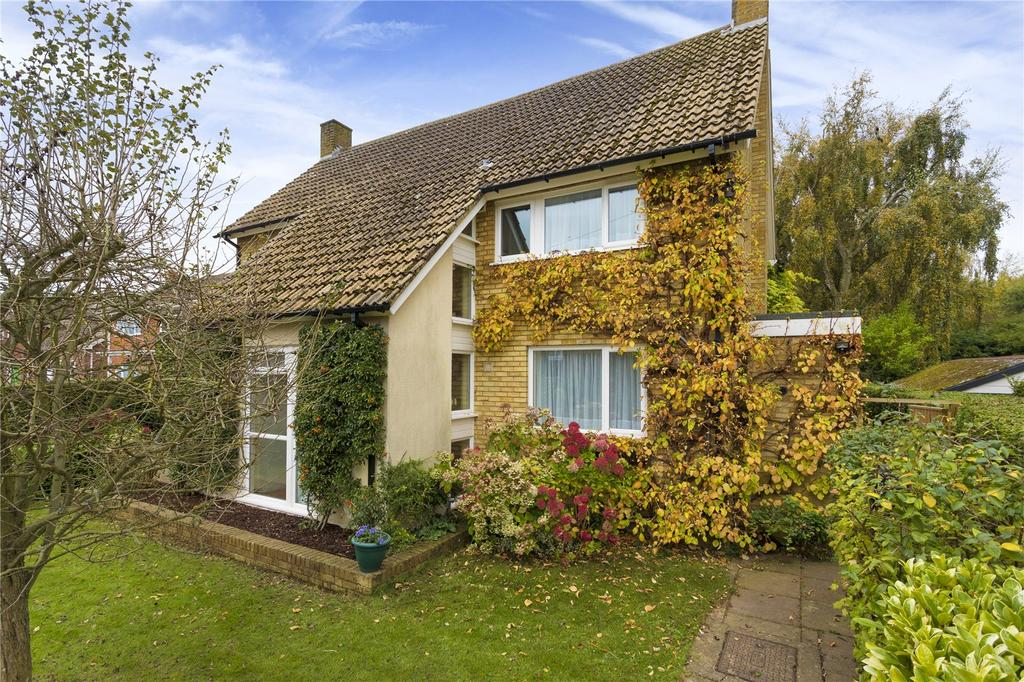 4 Bedrooms Detached House for sale in Old Dover Road, Canterbury, Kent