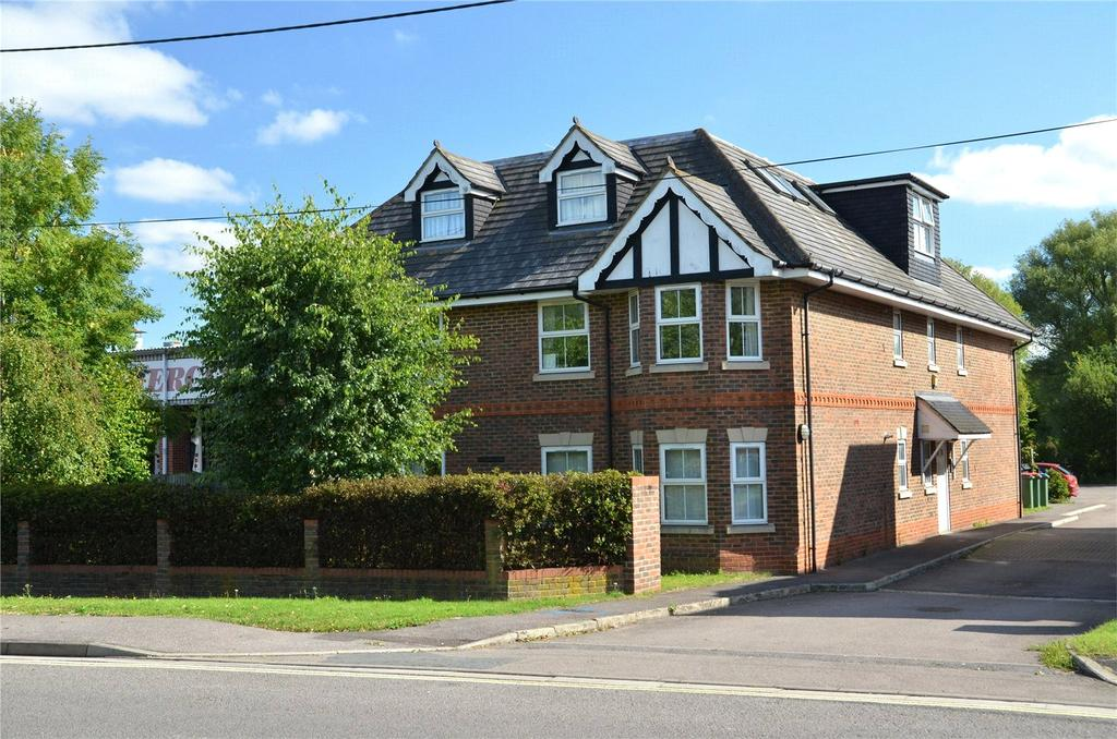 1 Bedroom Apartment Flat for sale in Stoneleigh Court, The Green, Theale, Reading, RG7