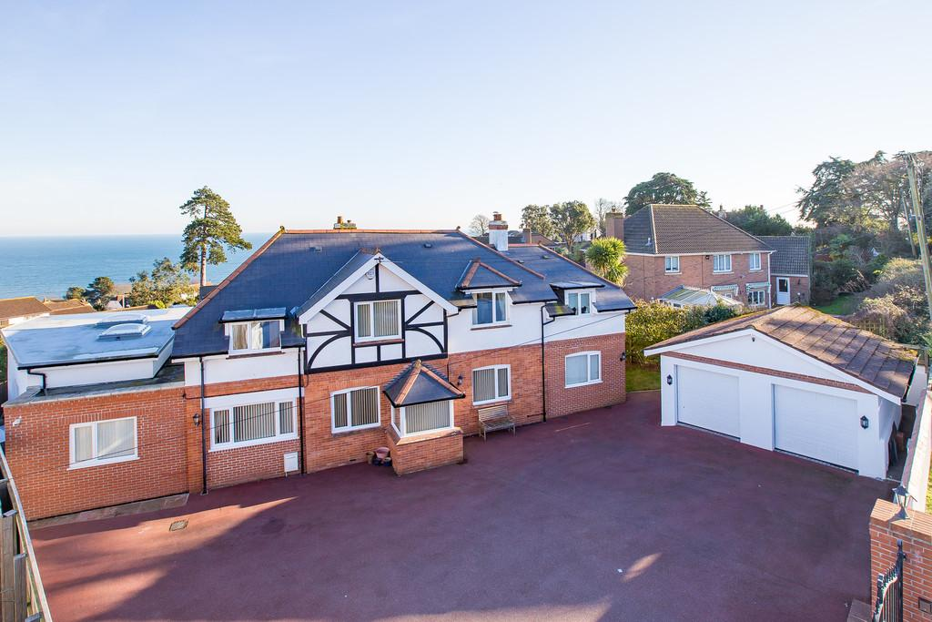 5 Bedrooms Detached House for sale in Teignmouth, Devon