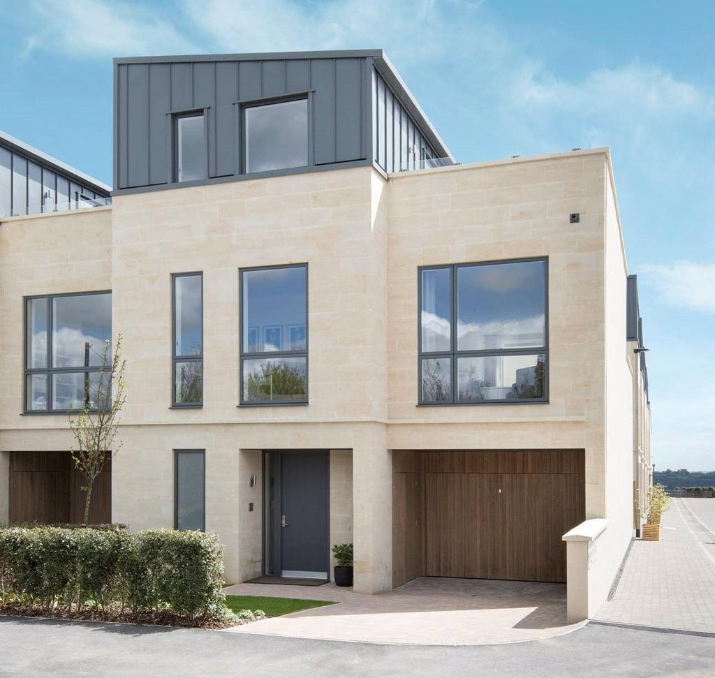 4 Bed Townhouse