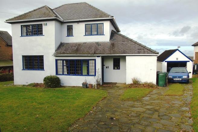 3 Bedrooms Detached House for sale in Crossways, Hood Green Road, Barnsley, S75 3EU