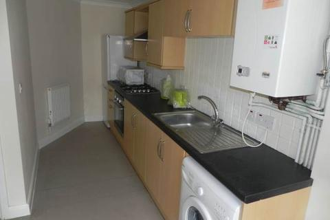 4 bedroom house to rent - King Edwards Road, Brynmill, Swansea