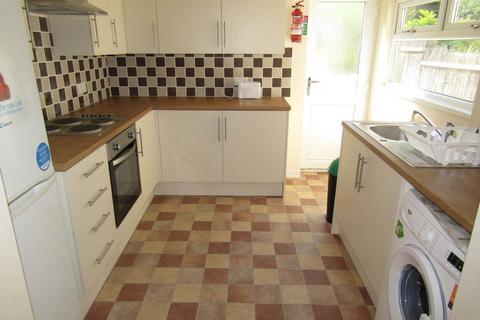 4 bedroom bungalow to rent - Rhyddings Terrace, Brynmill, Swansea