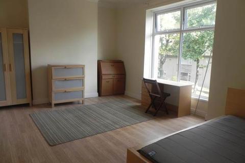 4 bedroom flat to rent - Glanmor Road , Uplands, Swansea