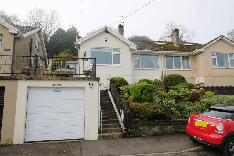 3 Bedrooms Semi Detached House for sale in Heol Las, Llantrisant, CF72 8EG