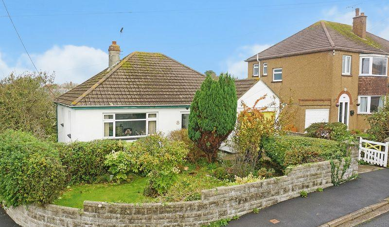 2 Bedrooms Detached Bungalow for sale in Clinton Close, Bude