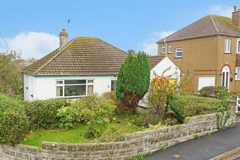 2 bedroom detached bungalow for sale - Clinton Close, Bude