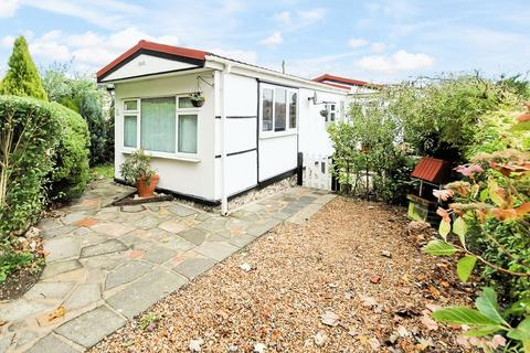 1 bedroom park home for sale - Downe Road, Keston