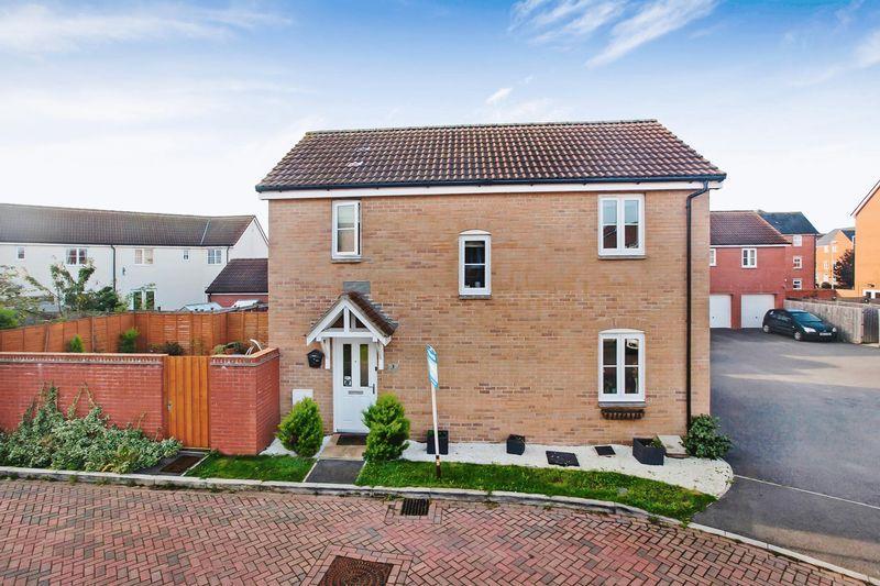 3 Bedrooms Detached House for sale in Connemara Street, Stockmoor, Bridgwater
