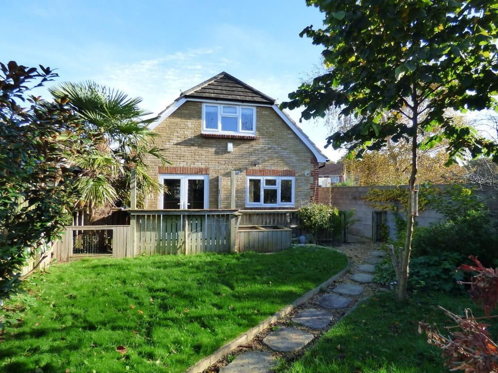 3 Bedrooms Chalet House for sale in Hamworthy