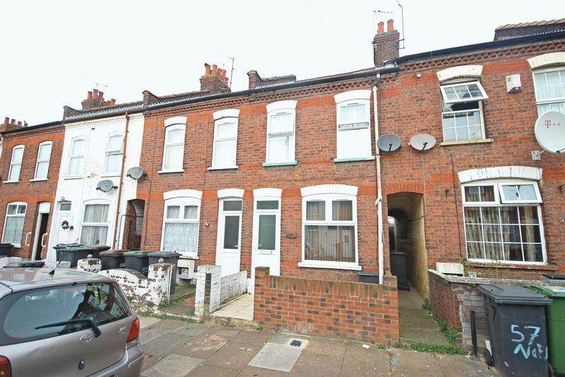 2 Bedrooms Terraced House for sale in Norman Road, Biscot Road Area, Luton