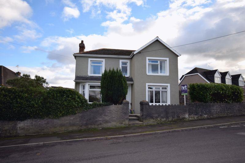 4 Bedrooms Detached House for sale in Llwyn Onn, Main Road, Coychurch,