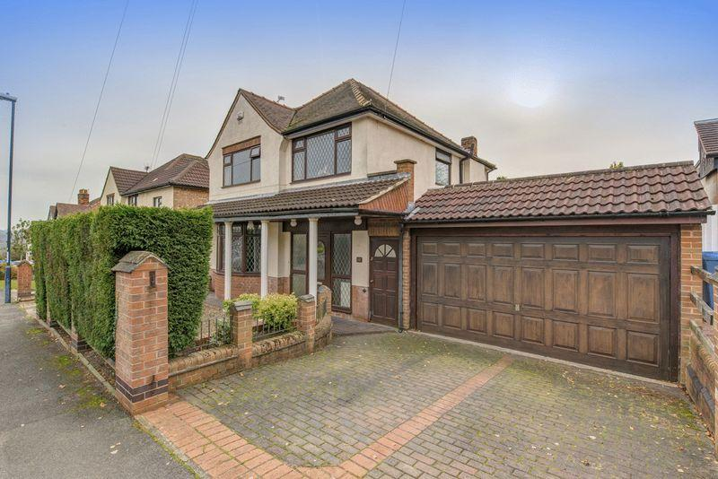4 Bedrooms Detached House for sale in Derwent Avenue, Derby