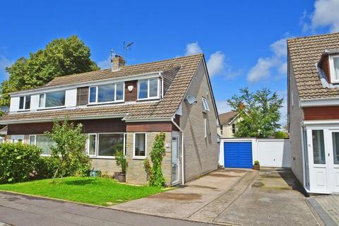 3 bedroom semi-detached house to rent - Superb village location in Claverham