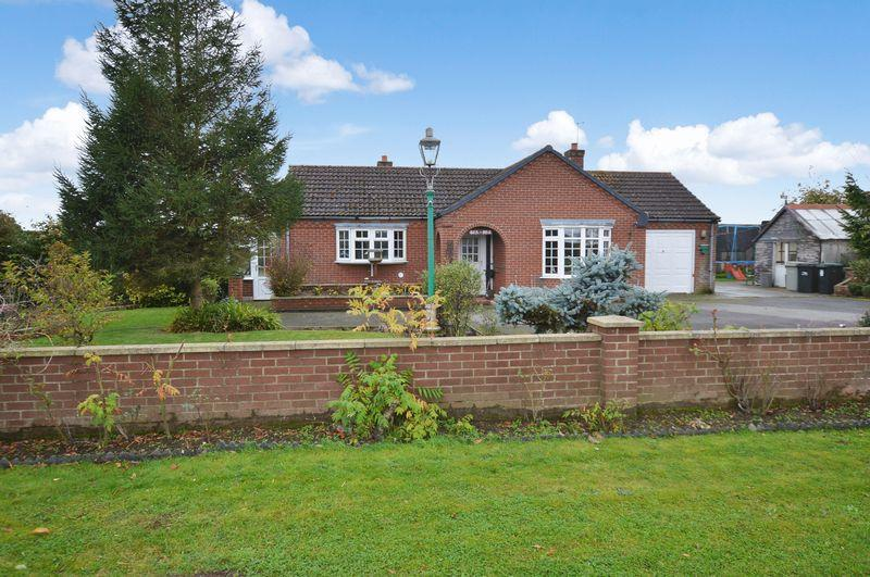 3 Bedrooms Detached Bungalow for sale in Gra-Mar, Coningsby Moorside