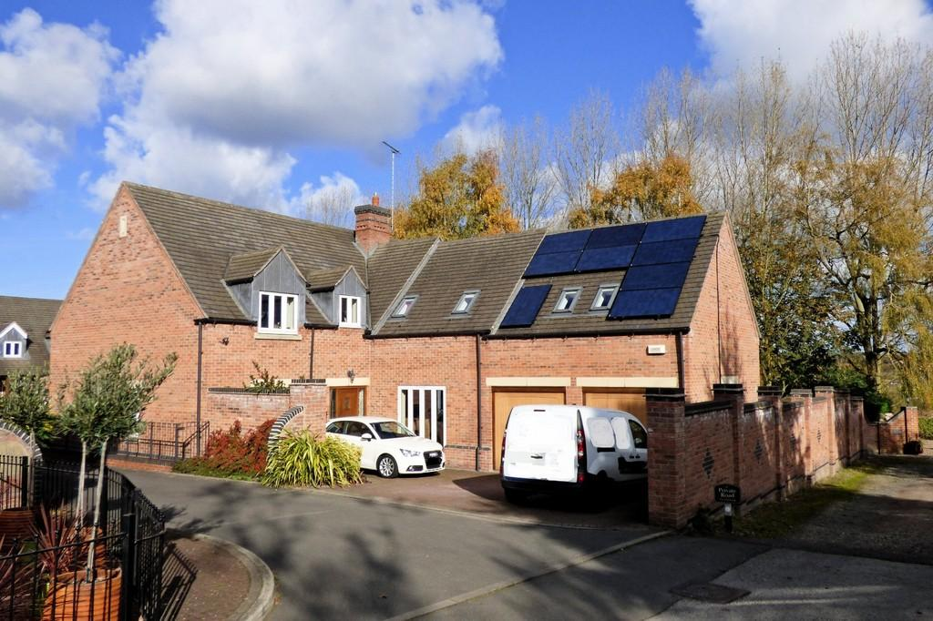 5 Bedrooms Detached House for sale in Alexandra Court, Overseal