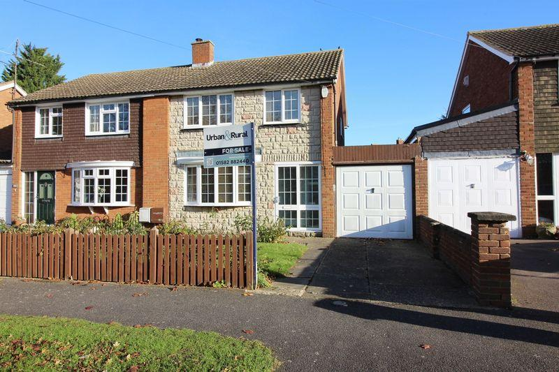 3 Bedrooms Semi Detached House for sale in Barton-le-Clay