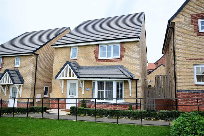 4 Bedrooms Detached House for sale in Nightingale Drive, Whitby