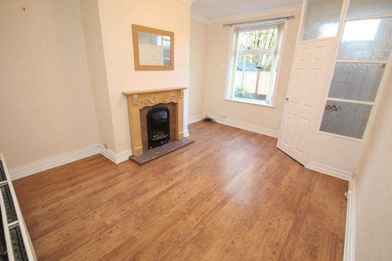 2 Bedrooms Terraced House for sale in Brooklands Street, RochdalE OL16 4TL