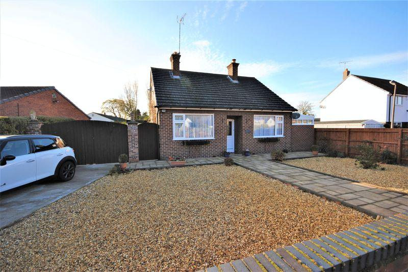 2 Bedrooms Detached Bungalow for sale in Overchurch Road, Upton