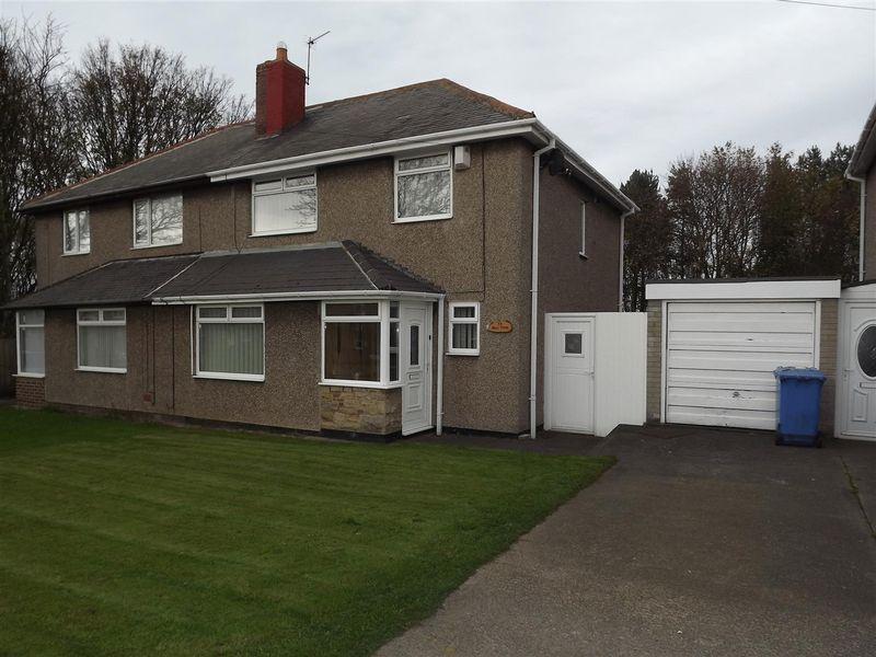 3 Bedrooms Semi Detached House for sale in Sea View Villas, Cramlington