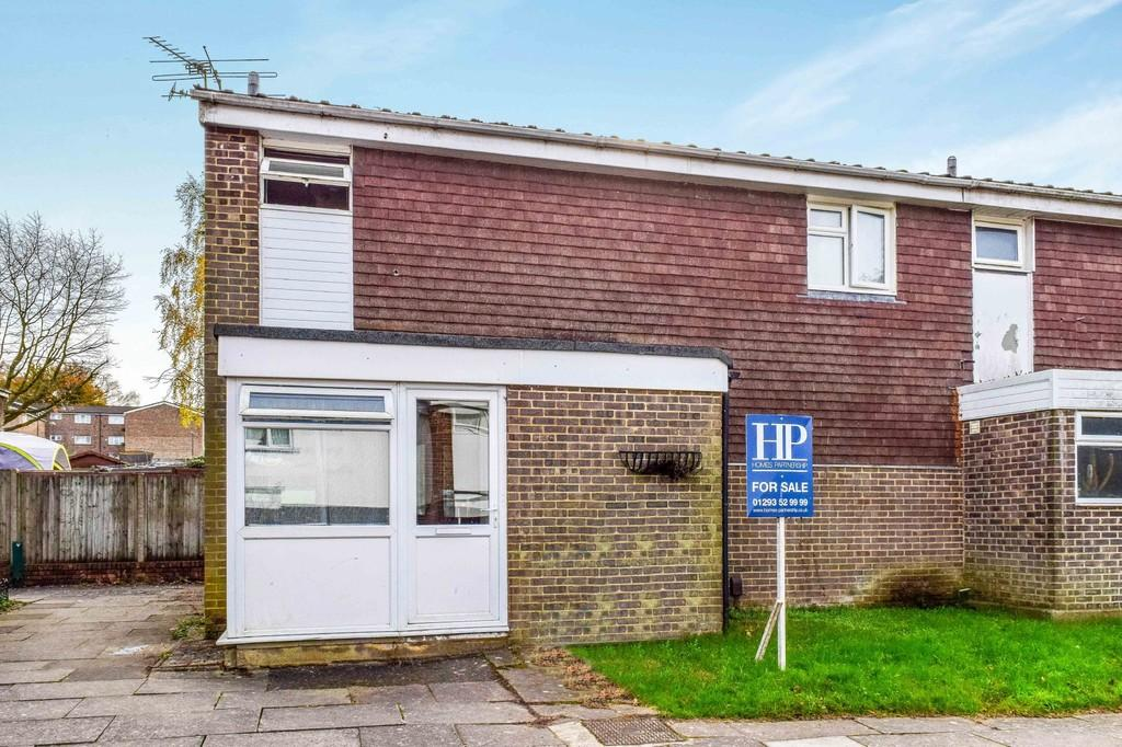 3 Bedrooms Terraced House for sale in Bevan Court, Cole Close, Broadfield