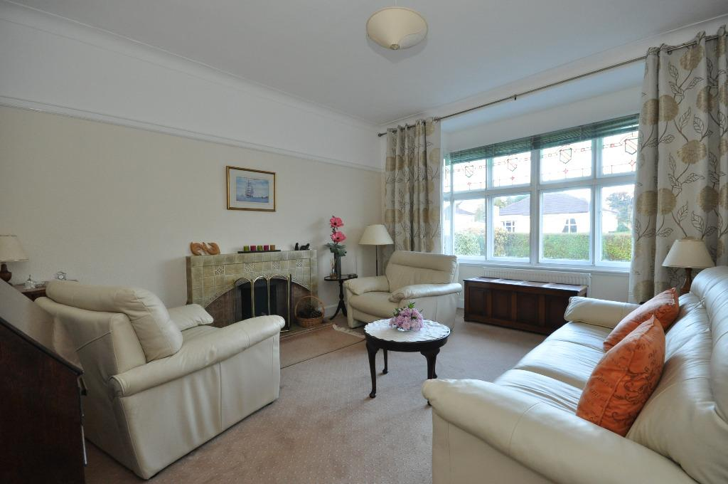 3 Bedrooms Detached Bungalow for sale in Greenhead Road , Bearsden , East Dunbartonshire , G61 2DD