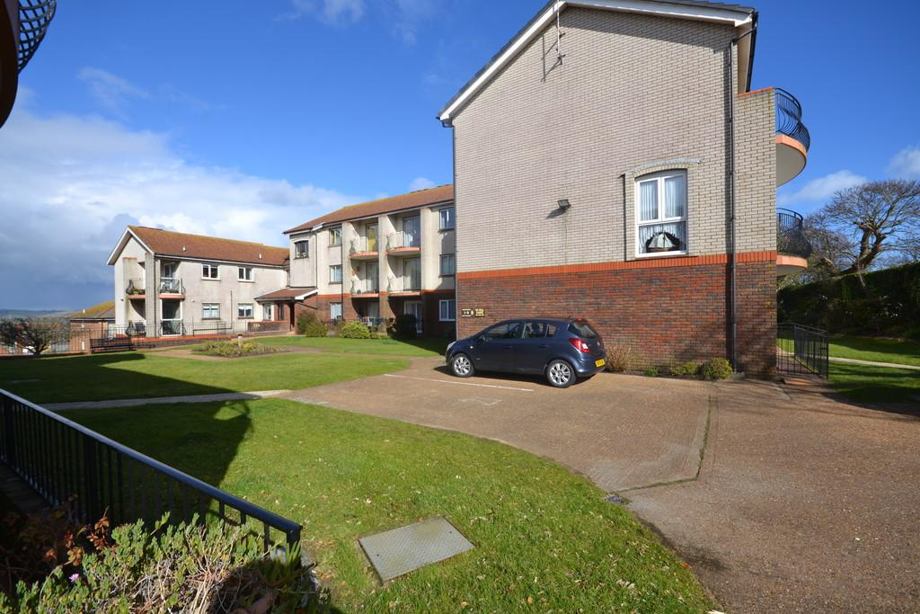 2 Bedrooms Flat for sale in Prospect Road, Shanklin