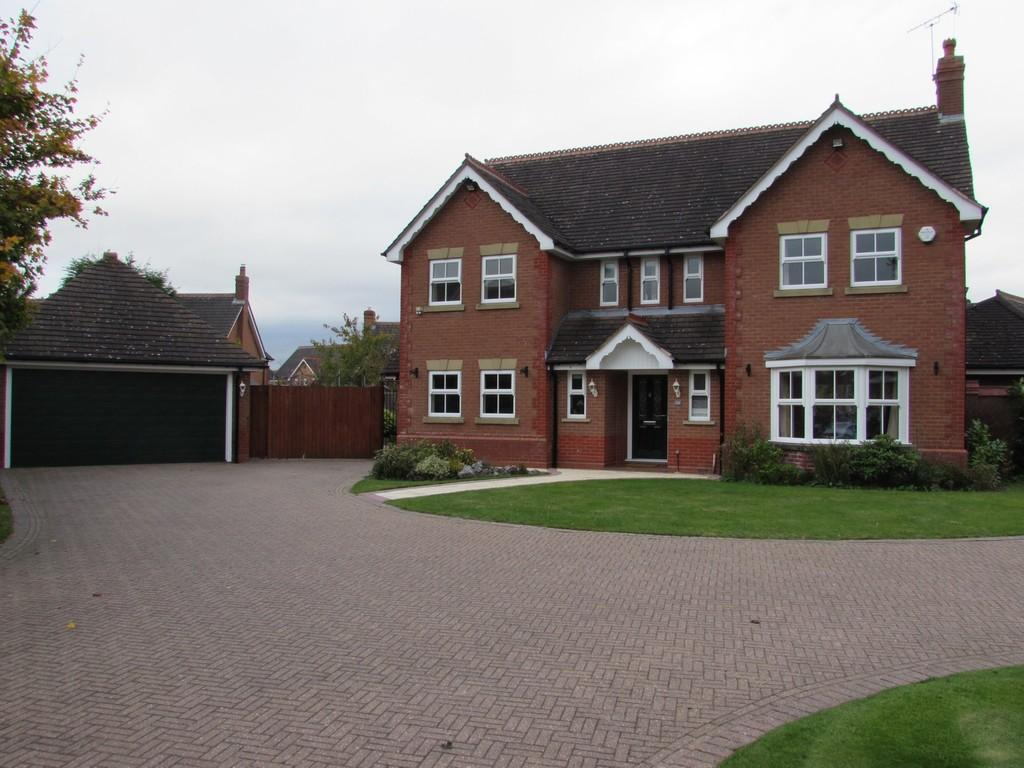 5 Bedrooms Detached House for sale in Linton Avenue, Solihull