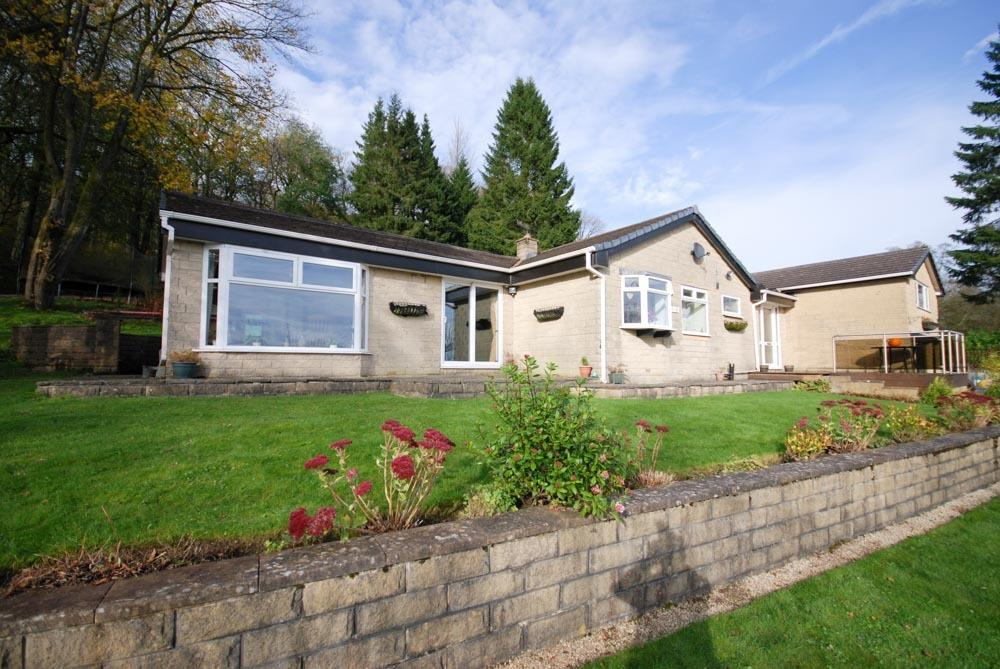 4 Bedrooms Bungalow for sale in The Glade, Corbar Woods Lane, Buxton