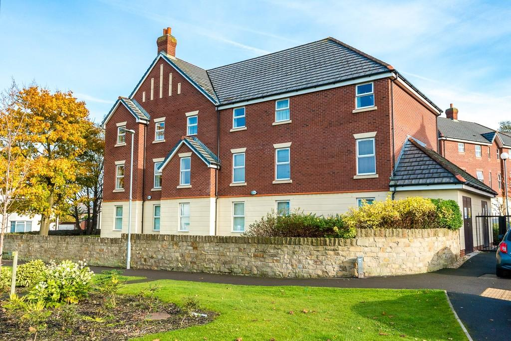 2 Bedrooms Apartment Flat for sale in Bonnington Close, Eccleston, St. Helens