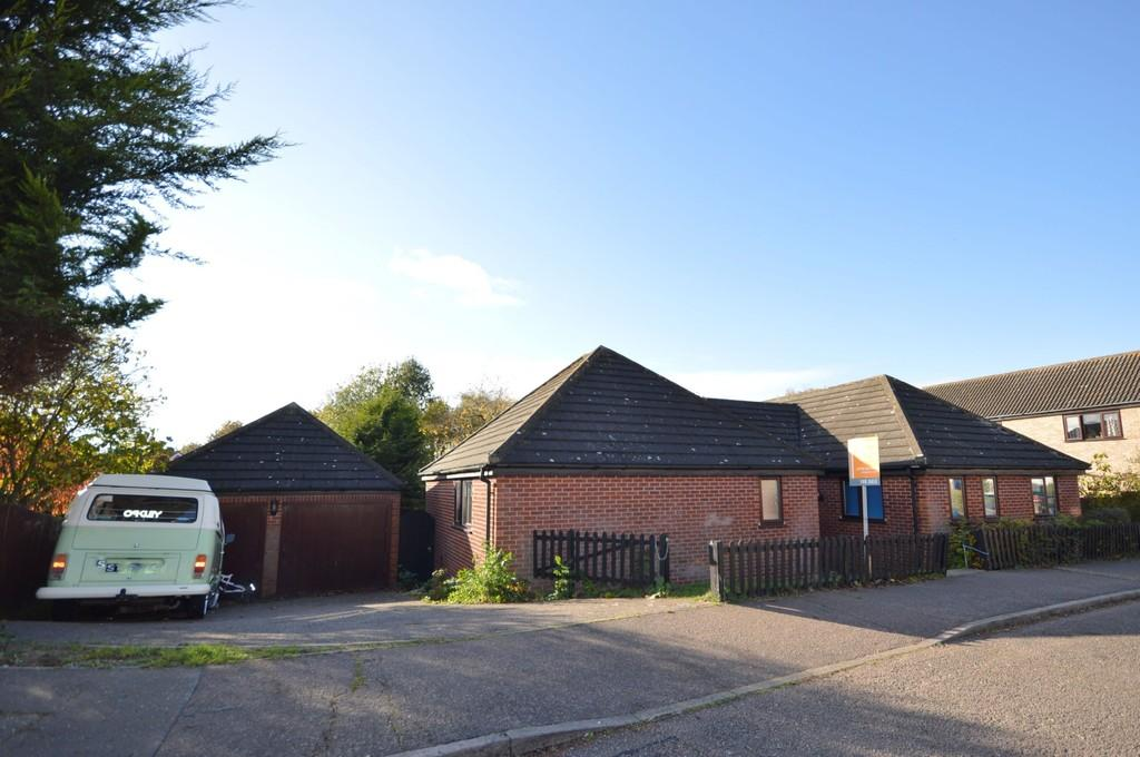 4 Bedrooms Detached Bungalow for sale in Chaney Road, Wivenhoe