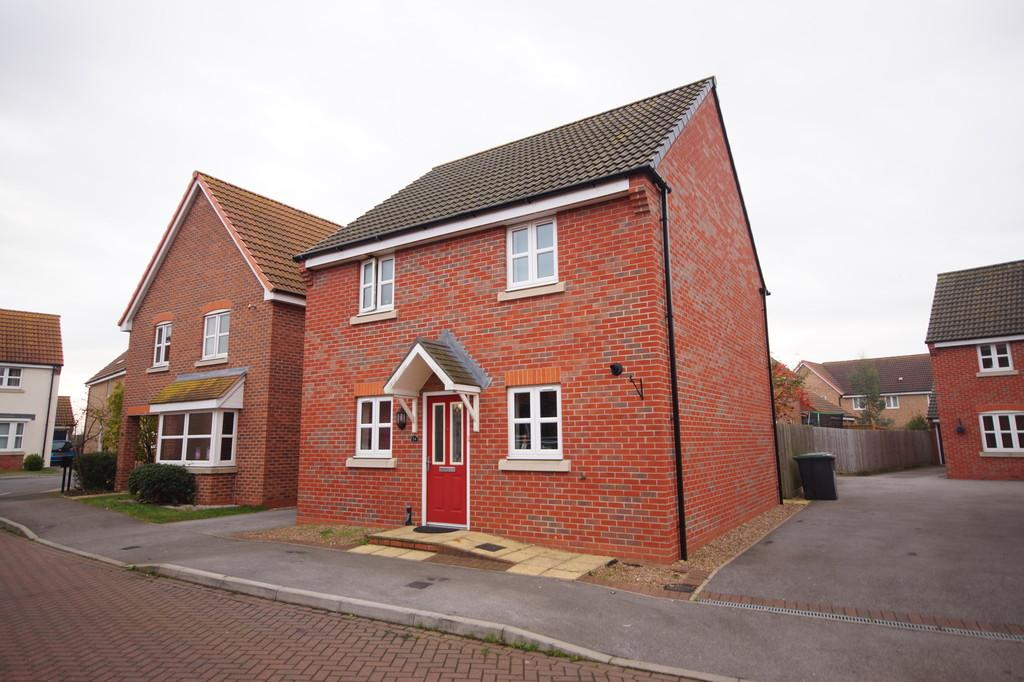 3 Bedrooms Detached House for sale in Octavian Crescent, North Hykeham, Lincoln