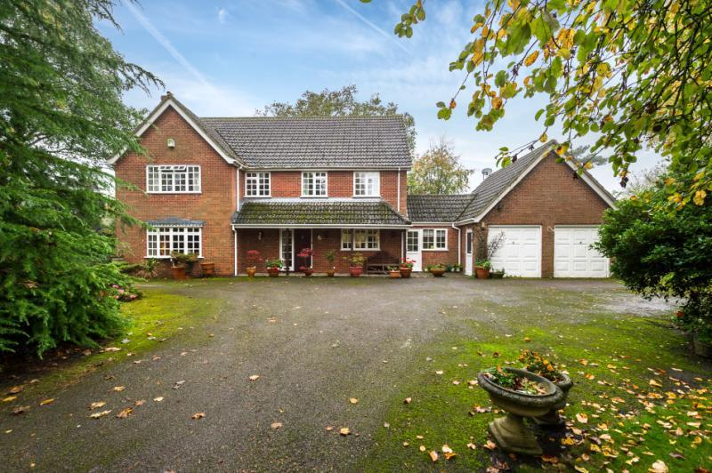 4 Bedrooms Detached House for sale in Rosewood House, Appleford On Thames, Abingdon, Oxfordshire