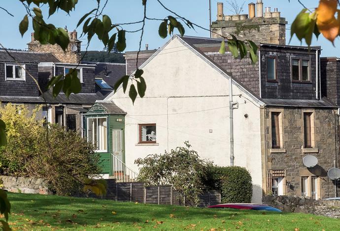 3 Bedrooms Flat for sale in 5 Millburn Place, Selkirk, TD7 5AF