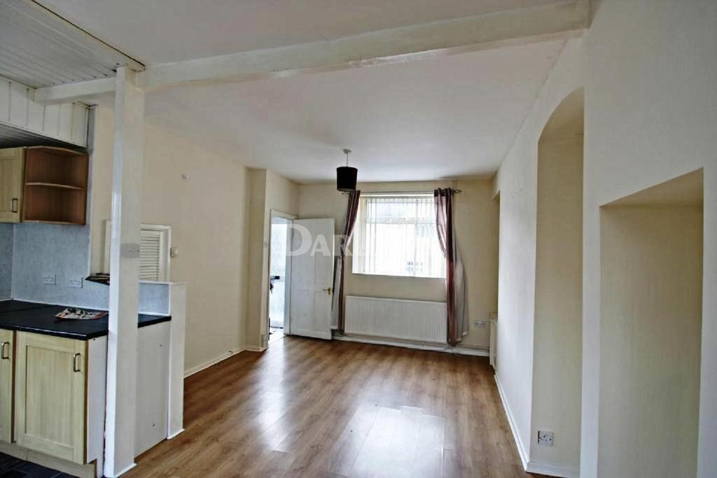 2 Bedrooms End Of Terrace House for sale in King Street Pant