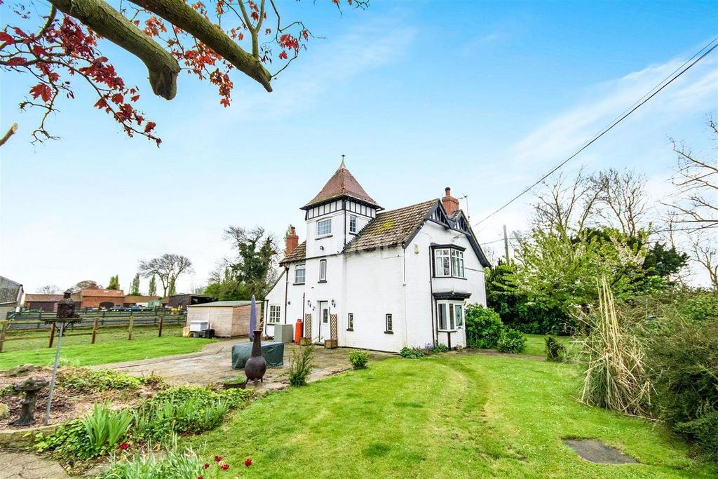 4 Bedrooms Detached House for sale in Sturton By Stow, Lincolnshire
