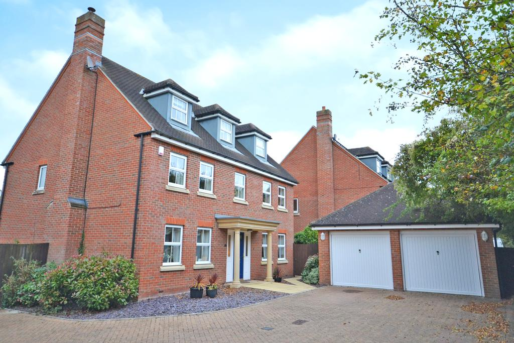 6 Bedrooms Detached House for sale in Harvest Fields, Bishops Stortford