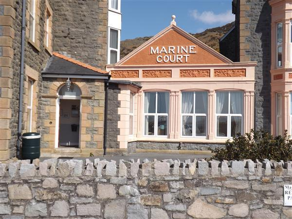 2 Bedrooms Apartment Flat for sale in Apt 5 Marine Court, Barmouth, LL42