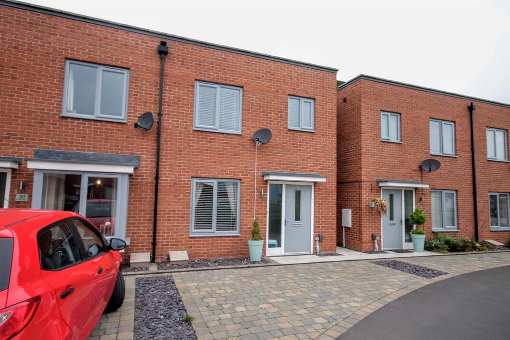 3 Bedrooms Semi Detached House for sale in Paton Way, Darlington