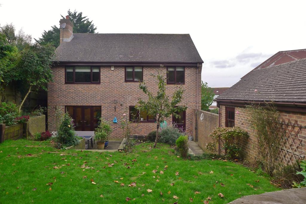 4 Bedrooms Detached House for sale in WALLINGTON