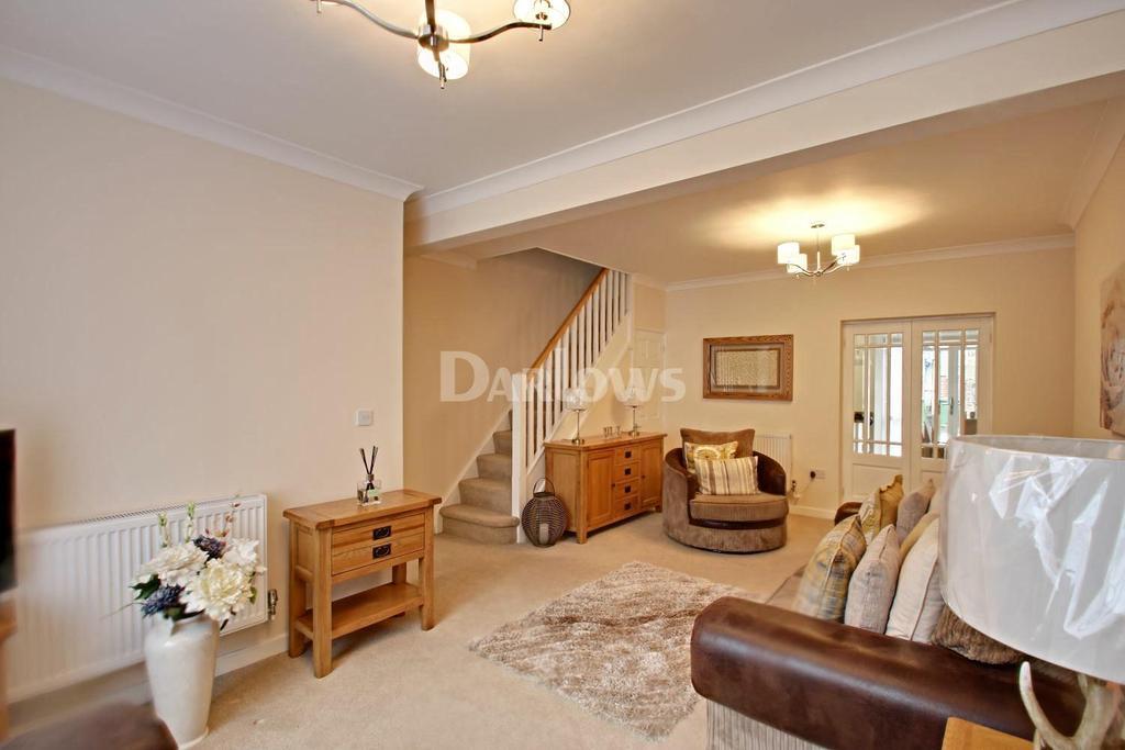3 Bedrooms Terraced House for sale in Bryn Seion Street, Rhymney