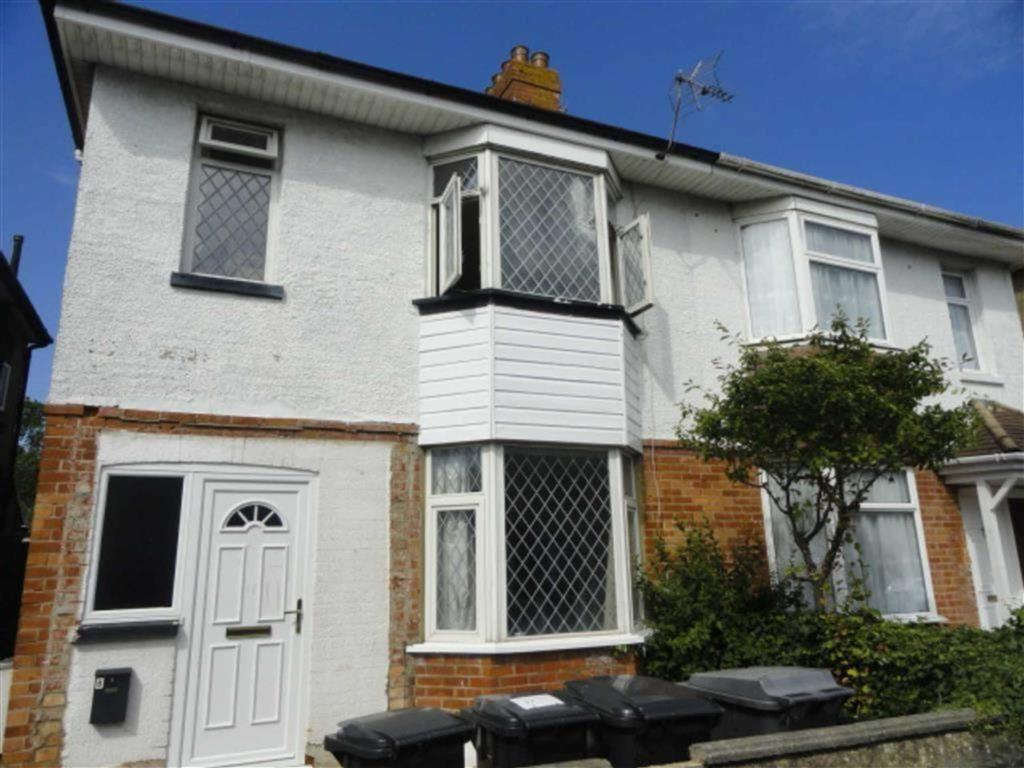 4 Bedrooms Semi Detached House for rent in Elmes Road, STUDENT HOUSE, Bournemouth, Dorset, BH9