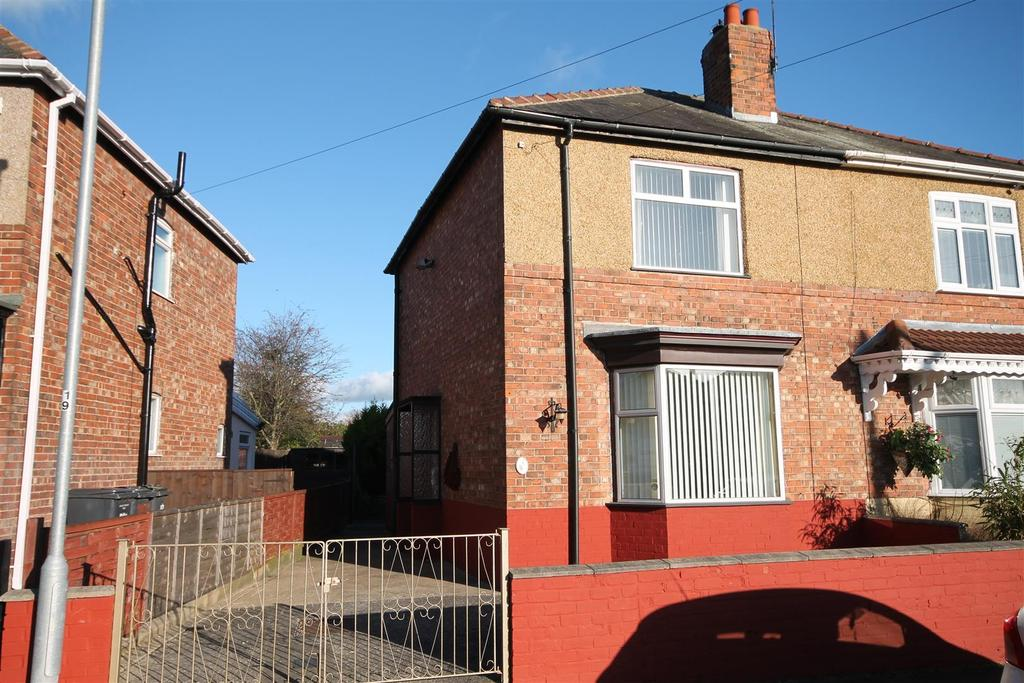 2 Bedrooms Semi Detached House for sale in Alwyn Road, Darlington