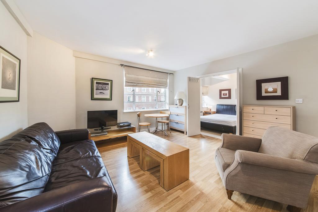 1 Bedroom Flat for sale in Nell Gwynn House, Sloane Avenue, SW3