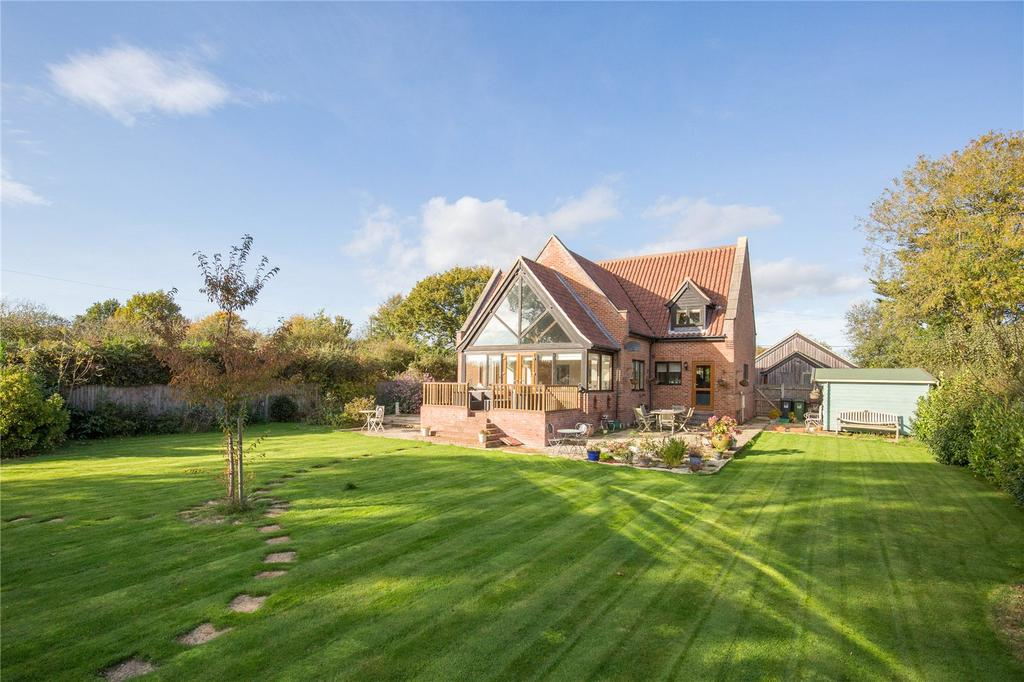 4 Bedrooms Detached House for sale in Wayford, Norwich, Norfolk, NR12