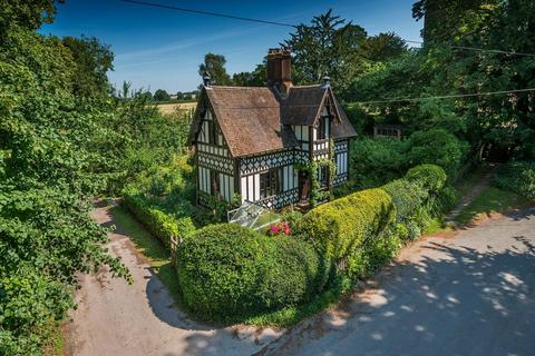3 bedroom detached house for sale - Sheriffhales Lodge, Church Lane, Sheriffhales, Shifnal, Shropshire, TF11