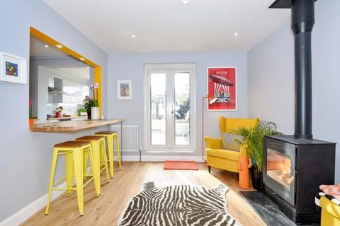 3 bedroom terraced house for sale - Kimberley Road Brighton East Sussex BN2