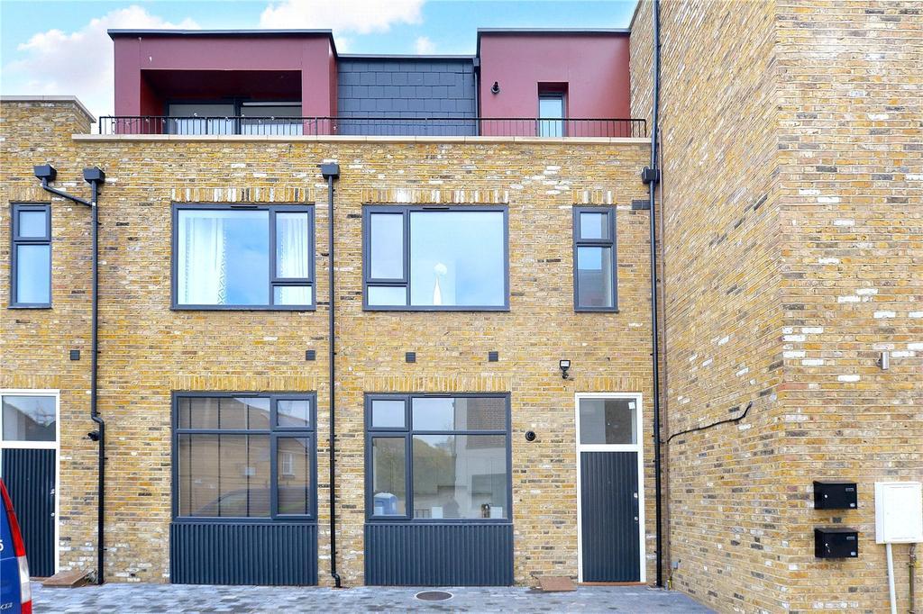 2 Bedrooms Flat for sale in Huntley Close, Pelton Road, Greenwich