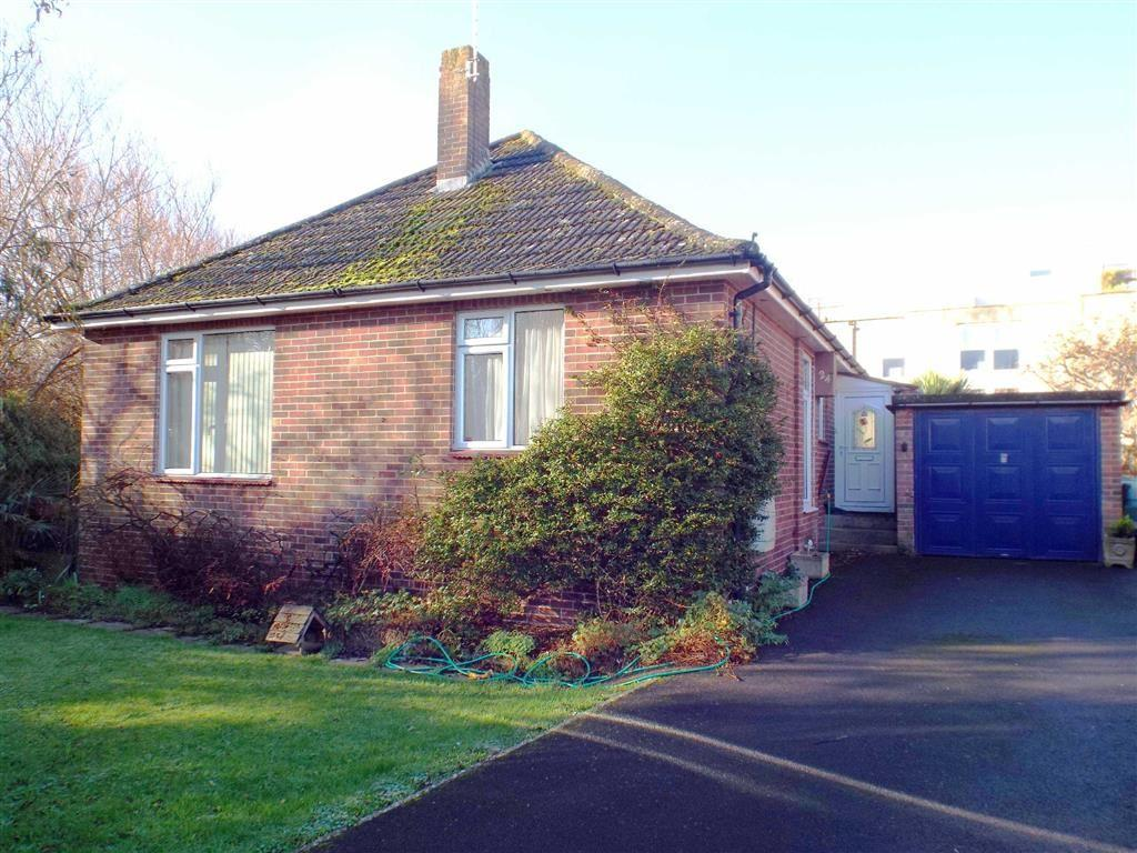 2 Bedrooms Detached Bungalow for sale in Margaret Crescent, Burnham-on-Sea